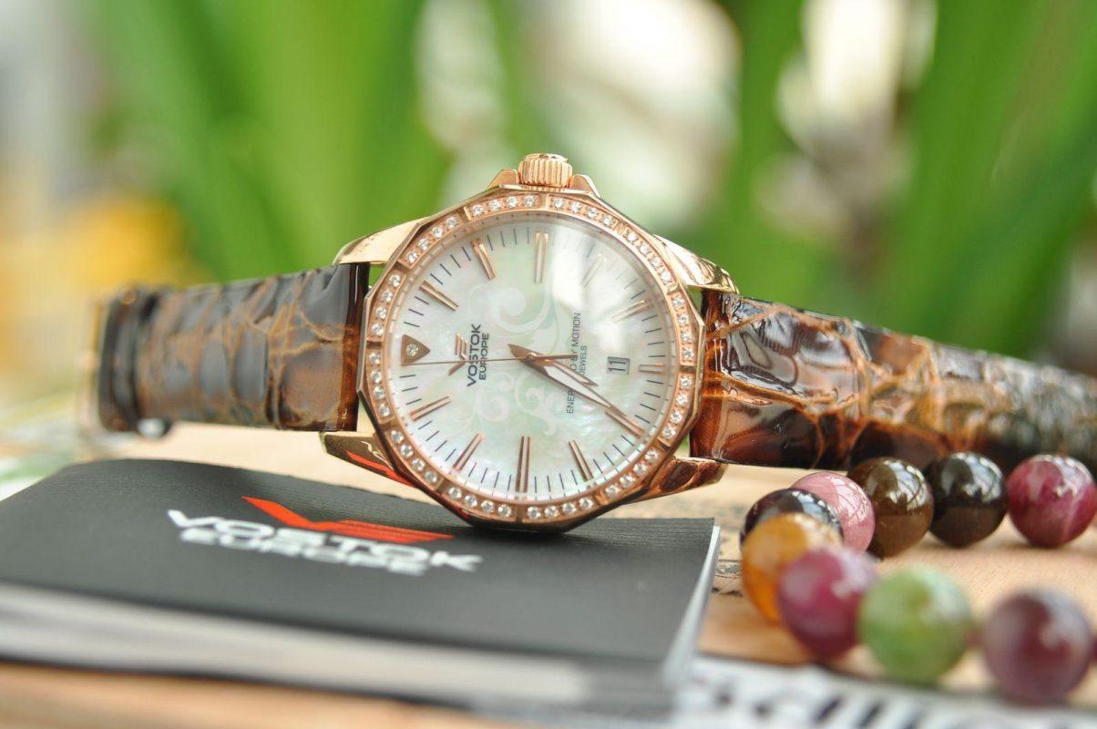 Đồng hồ Vostok